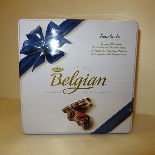 שוקולד בקופסת פח